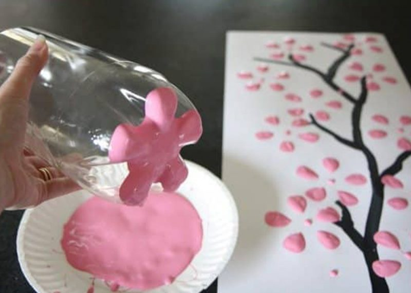 Beautiful Flower Art and Craft using recyclable bottles